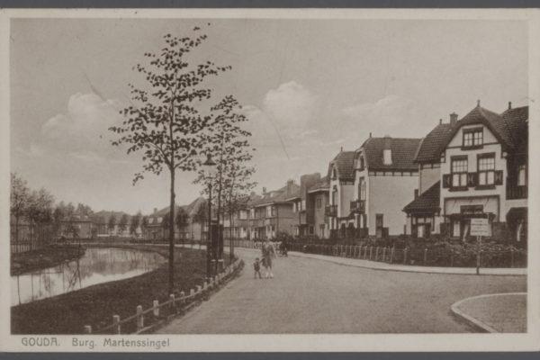 NL Gd SAMH 0440 54755 De Burgemeester Martenssingel vanaf De la Reylaan oostwaarts ca 1949
